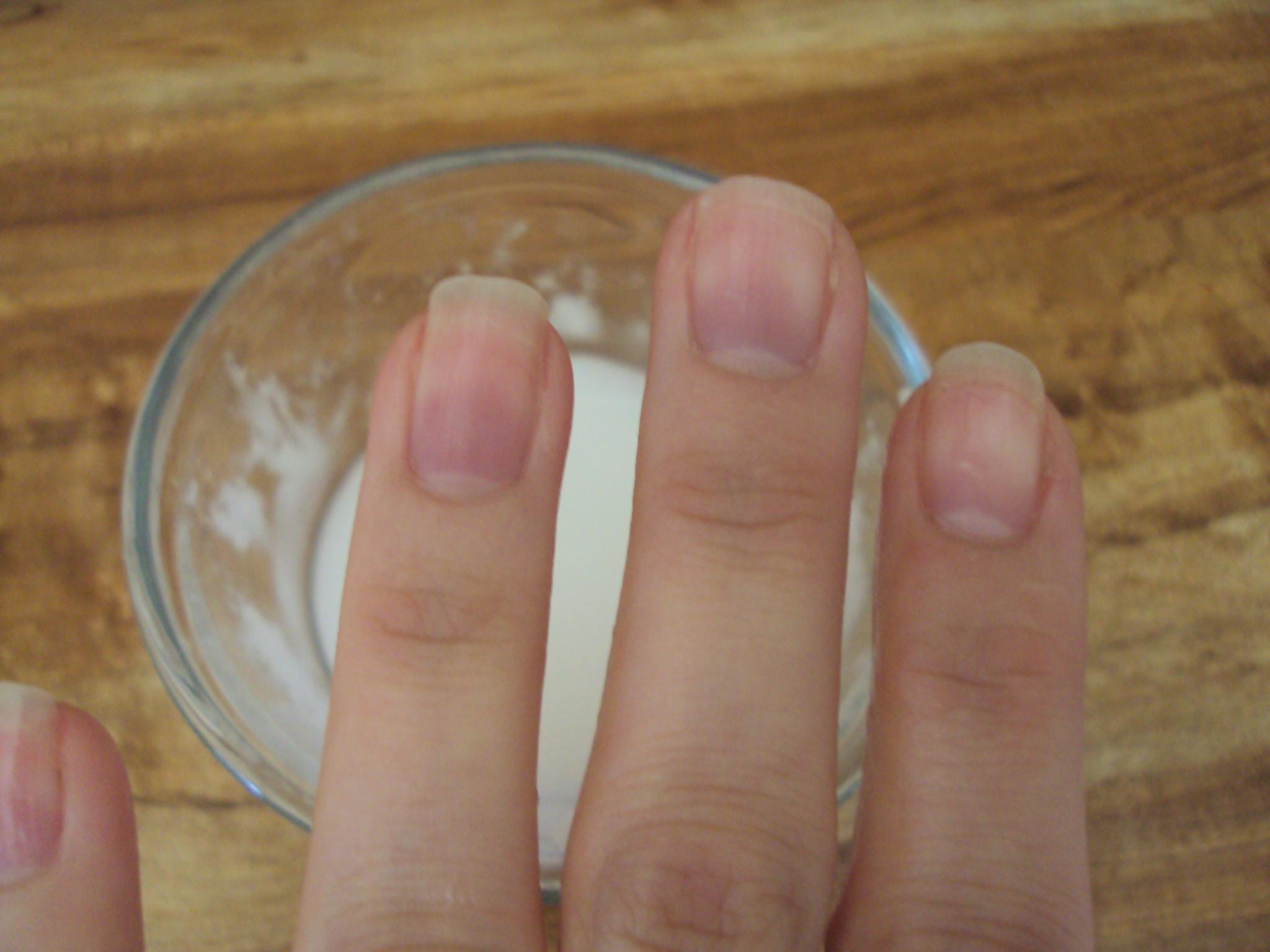 Natural DIY Nail Whitener | ThriftyNut